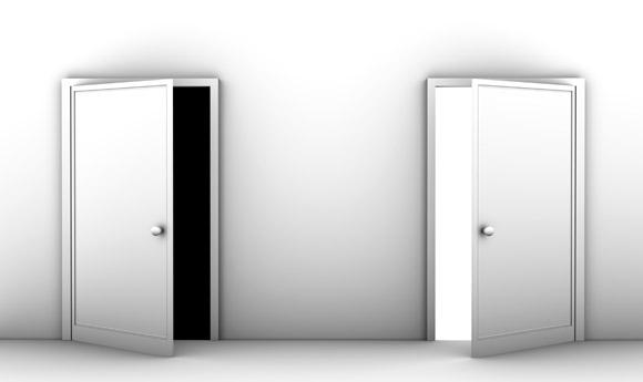 עיצוב דלתות במשרדים ומוסדות